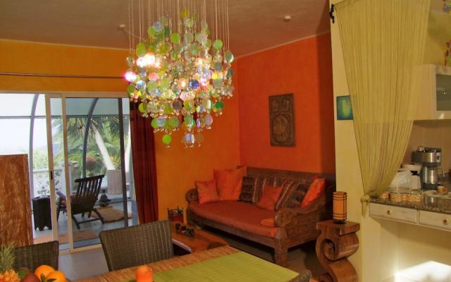 Mango Wohnzimmer Couch